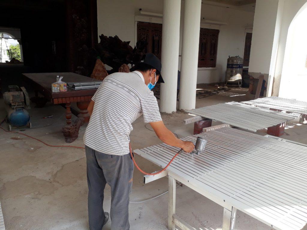 Dịch vụ sơn dầu, sơn Pu giá rẻ nhất tại Tphcm