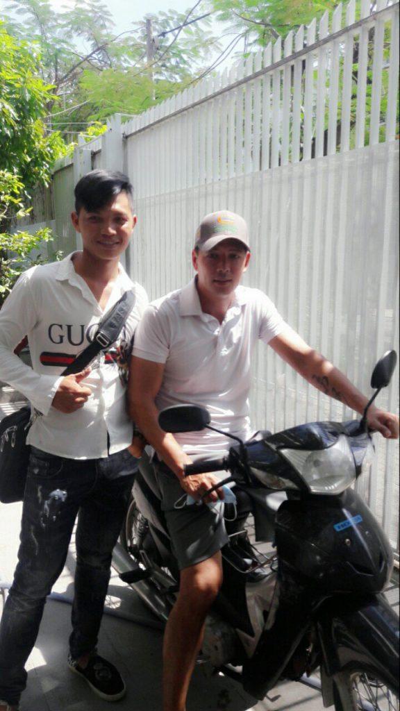 Nhà diễn viên, MC Bình Minh